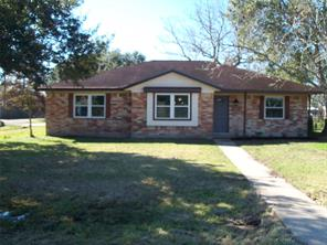 1226 avenue h, danbury, TX 77534