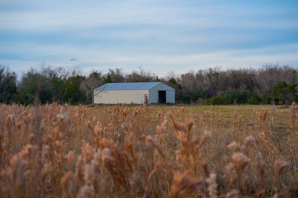 9702 Monticello Drive, Texas City, TX 77591