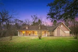 98 briar meadow, huntsville, TX 77320