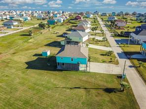962 Surfside, Crystal Beach TX 77650