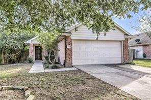2207 Falling Oaks, Houston TX 77038