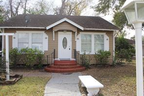 710 3rd street, humble, TX 77338