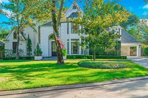 31 Wood Cove Drive, The Woodlands, TX 77381