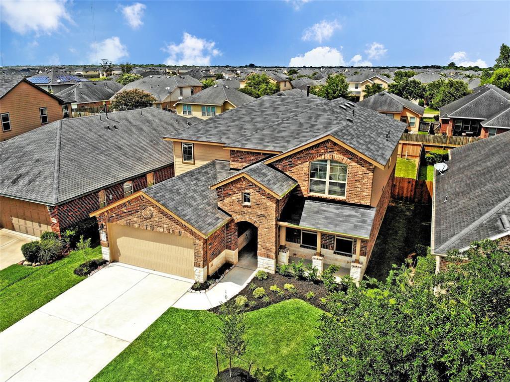 3408 Cambridge Falls Drive, Fresno, TX 77545