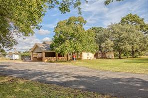 119 montgomery street, elkhart, TX 75839