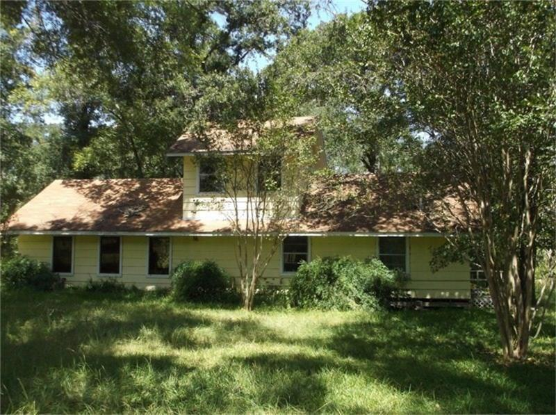 1255 Zion Valley Road, Friday, TX 75845
