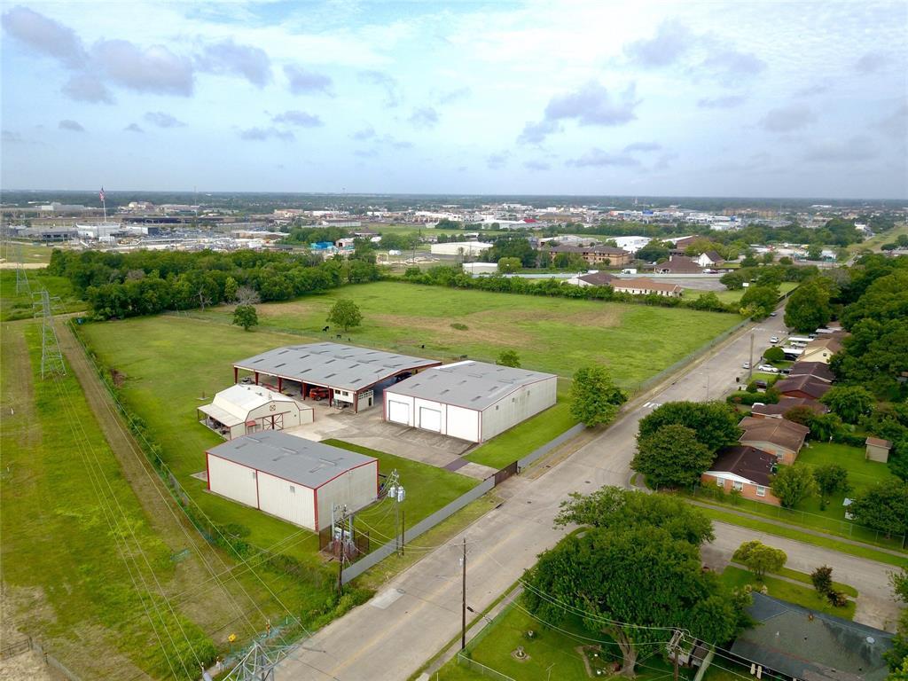 10700 Hartsook Street, Houston, TX 77034