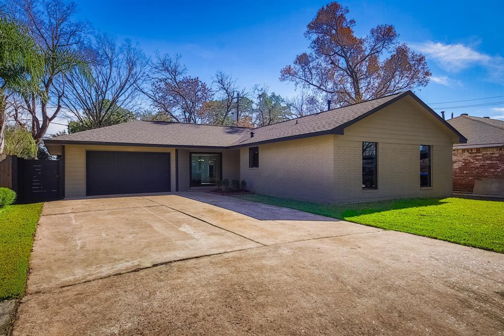 611 Soft Shadows Lane, Houston, TX 77013