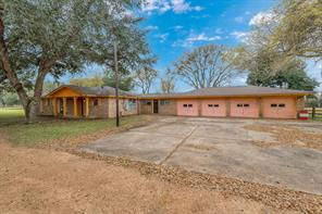 1895 Blakely, Wallis TX 77485