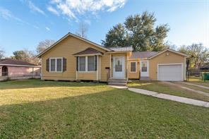 405 scott street, baytown, TX 77520