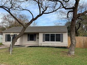 907 roper street, houston, TX 77034