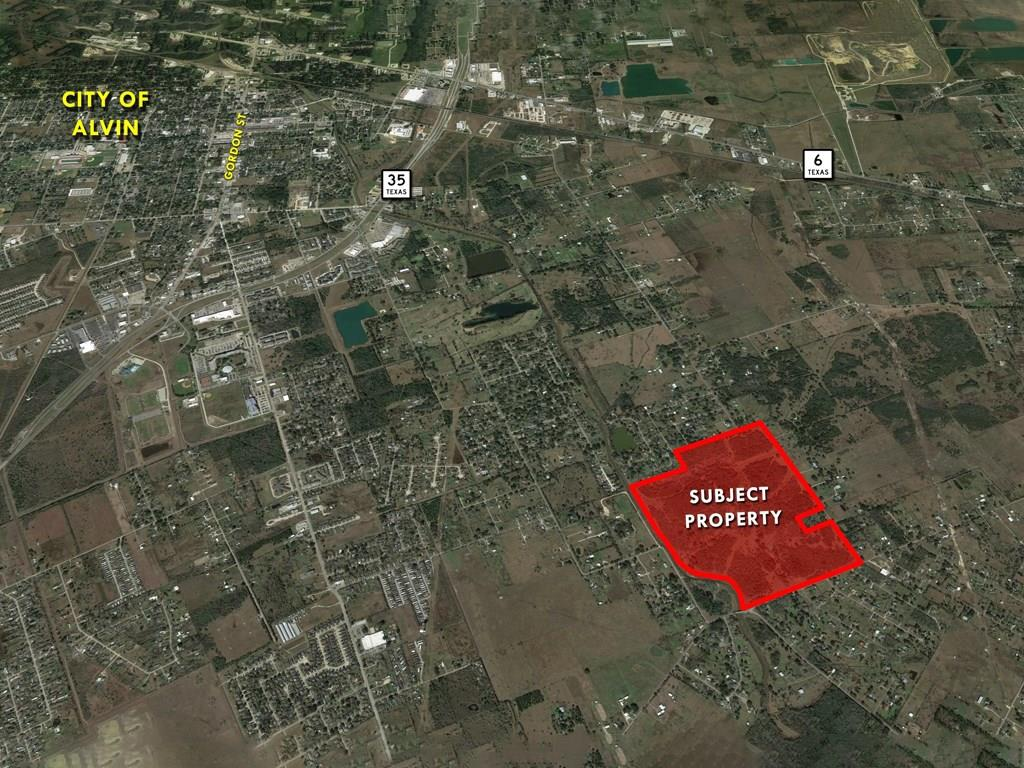 2738 County Road 160, Alvin, TX 77511