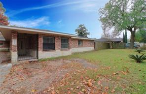 7130 bauman road, houston, TX 77022