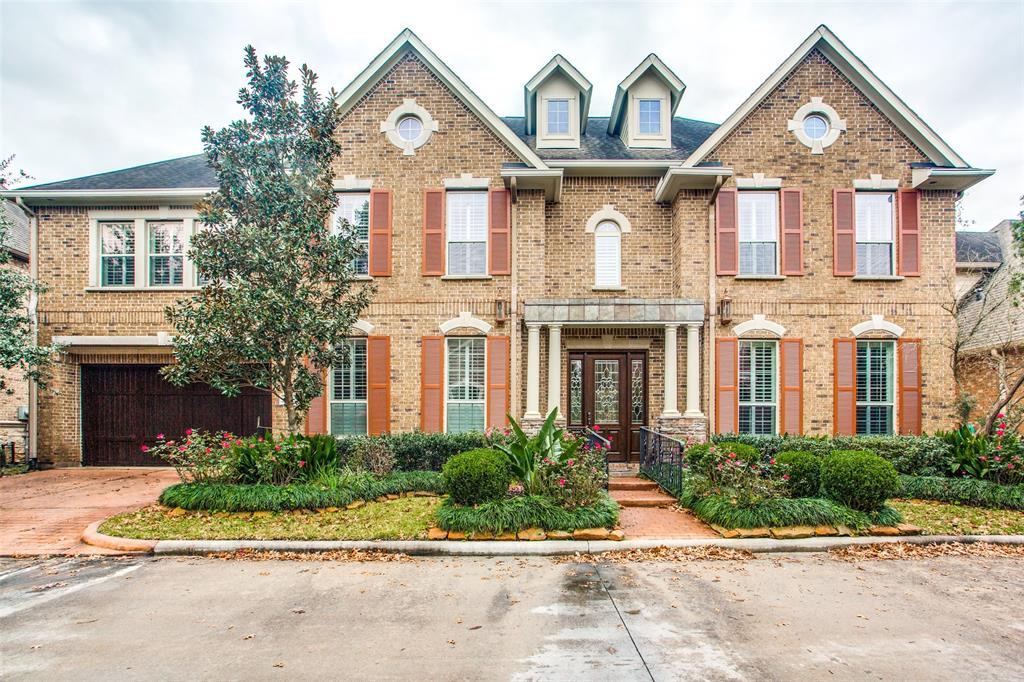 22 Windsor Court, Houston, TX 77055
