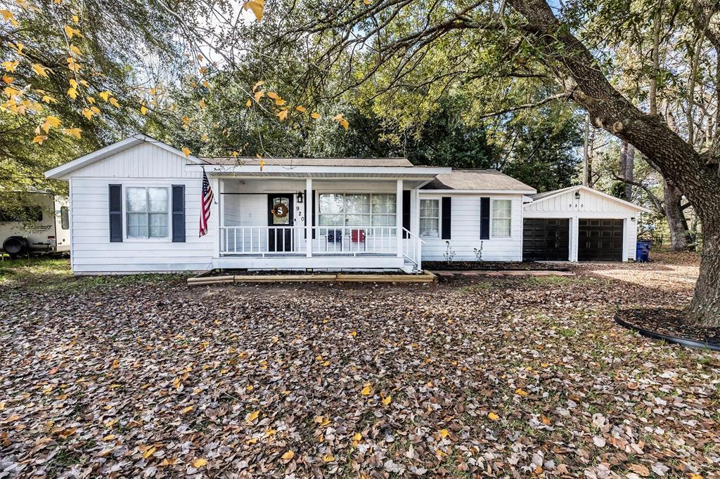 920 S Village Creek Parkway, Lumberton, TX 77657