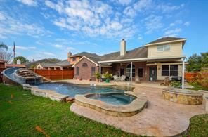 1813 S Carlsbad Lane, Deer Park, TX 77536
