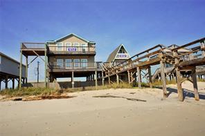 111 Beach Drive, Surfside Beach, TX 77541