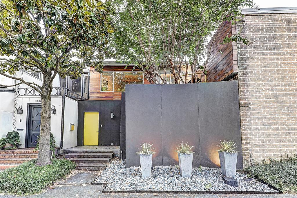 1207 Berthea Street, Houston, TX 77006