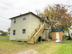 1314 burbank street, baytown, TX 77520
