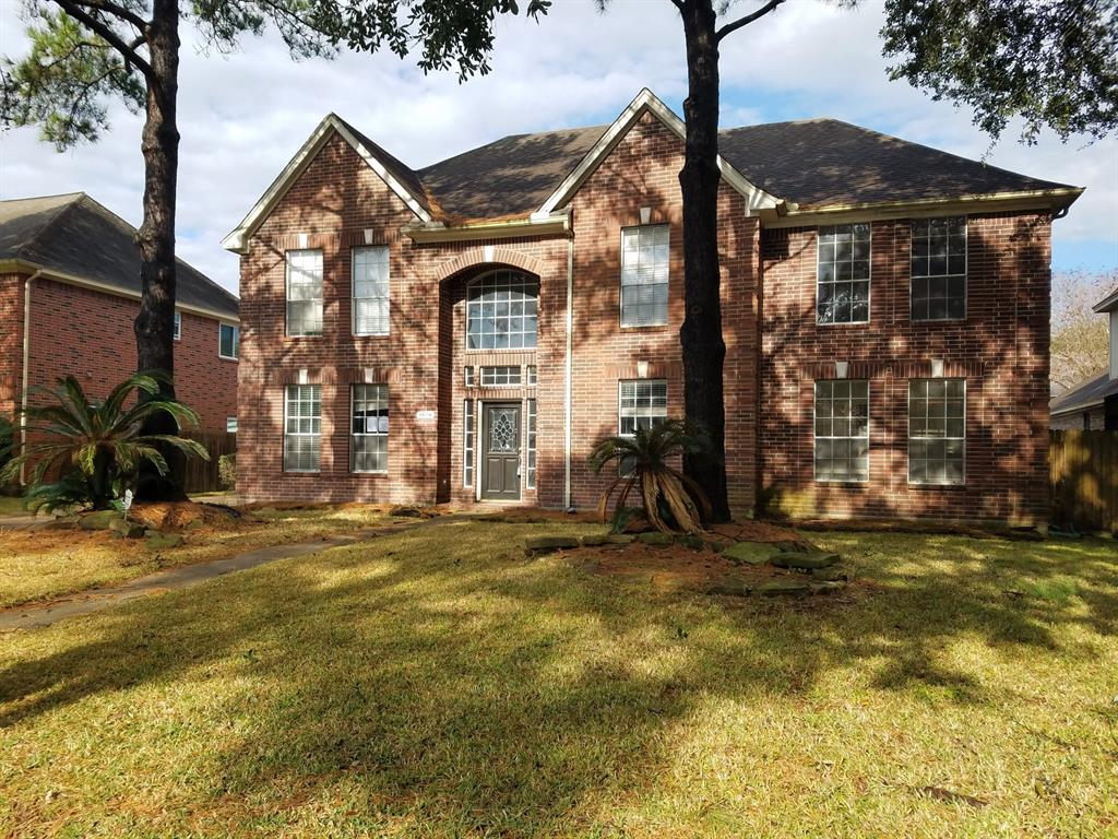Beautiful 5 bedroom 3 and half bath home in a well established neighborhood, Family room opens to a large kitchen and breakfast, master suite is located on the 1st floor,  with a study that has a amazing  ship-lap accent wall , a huge game room , nicely sized bedrooms upstairs and a private pool.