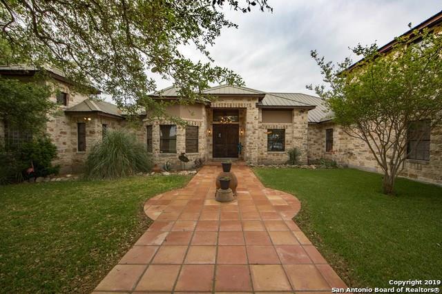 13831 Texas Highway 127, Sabinal, TX 78881