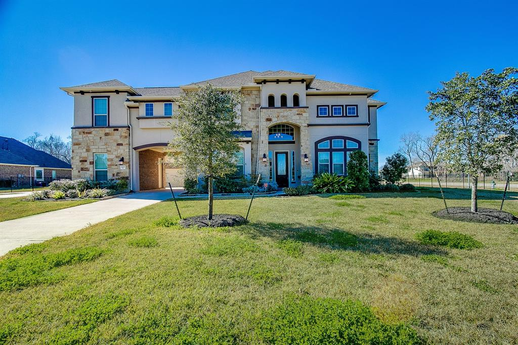 5202 Beekman Drive, Missouri City, TX 77459