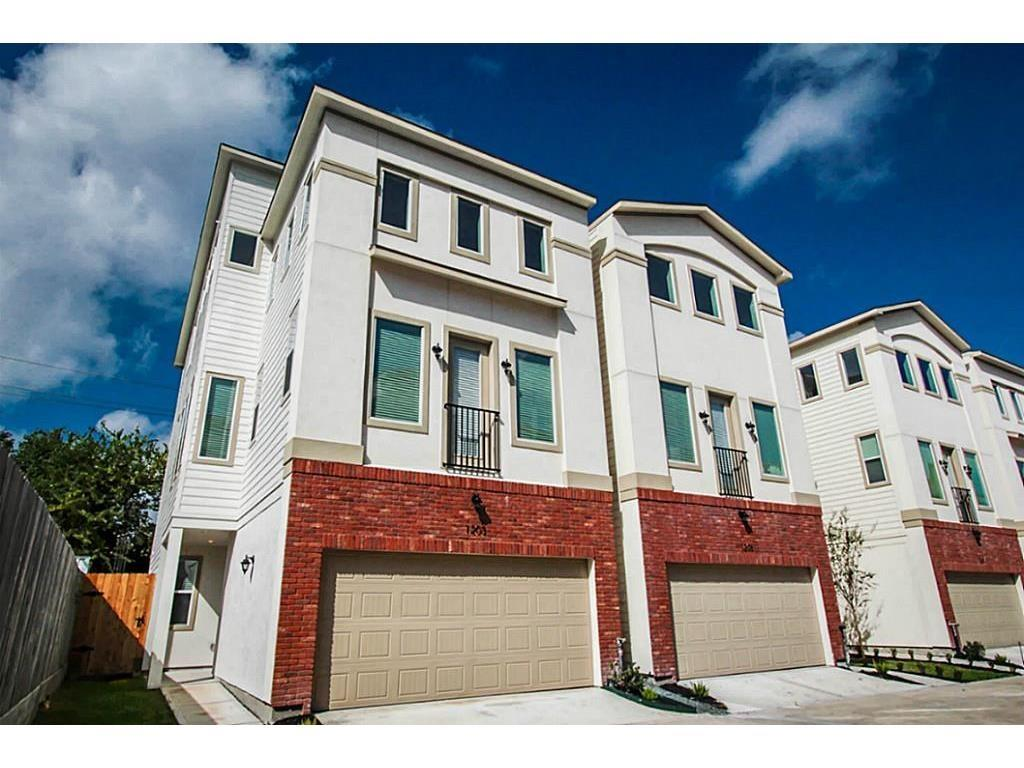 Home did not flood,Beautiful  Brand new construction, never lived in, 3 Bedroom/3 Bathrooms Open floor plan with high ceilings and plenty of natural light. Too many upgrades to list, Granite counters comes with all appliances Refrigerator, washer, dryer.  Back private patio and yard,. Won't last.