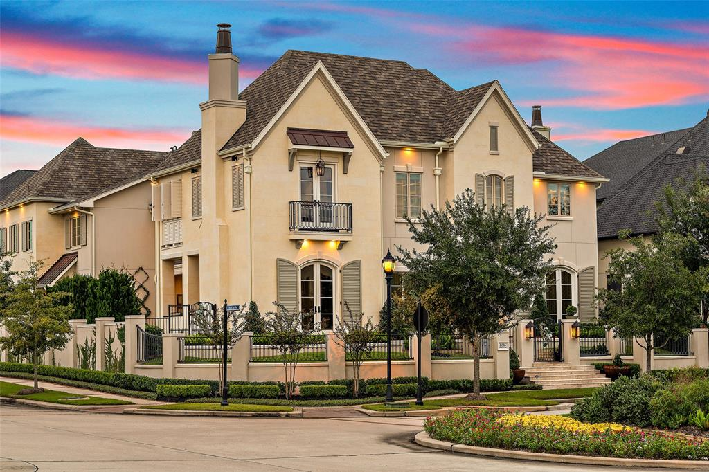 2616 Timberloch Place, The Woodlands, TX 77380