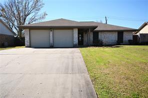 408 Oleander, Lake Jackson TX 77566