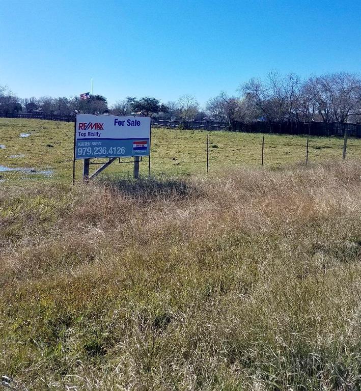 8711 Monticello Drive, Texas City, TX 77591