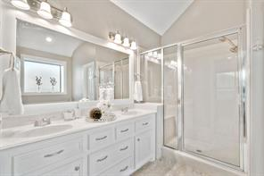 Master bathroom with double sinks, garden tub and large walk in shower.