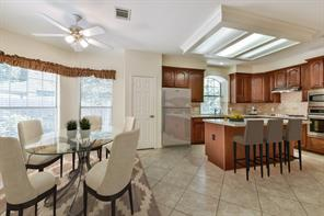 14 Cinnamon Teal, The Woodlands, TX, 77382