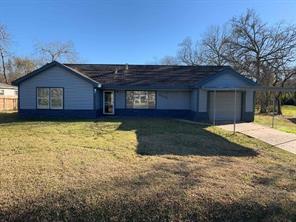 2203 rosille drive, baytown, TX 77520