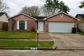 16719 La Gloria, Houston, TX, 77083