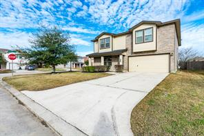 4303 sprangletop avenue, baytown, TX 77521