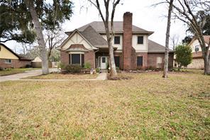 103 Tanager Lane, Lake Jackson, TX 77566