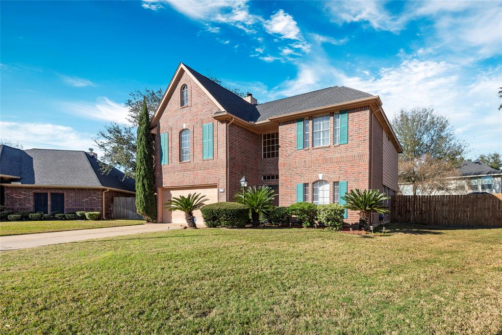 326 Dunford Court, Highlands, TX 77562