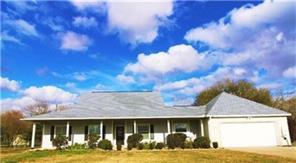 102 Bluebonnet Street, Carmine, TX, 78932