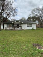 116 stanford street, lake jackson, TX 77566