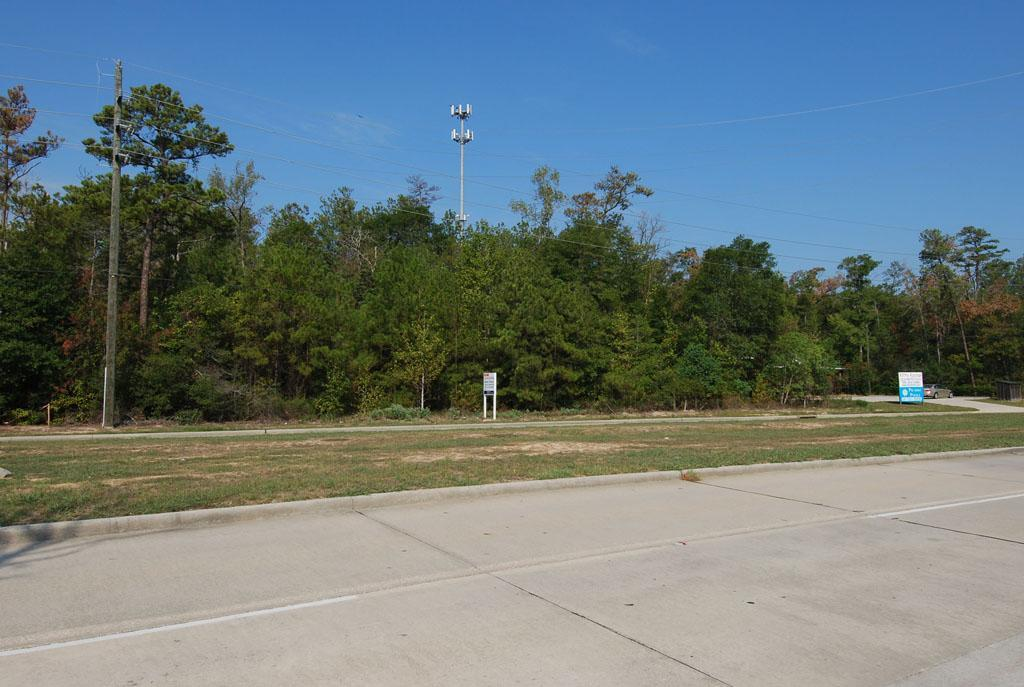 000- W Lake Houston Parkway, Humble, TX 77346