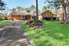 408 Colonial Drive, Friendswood, TX 77546