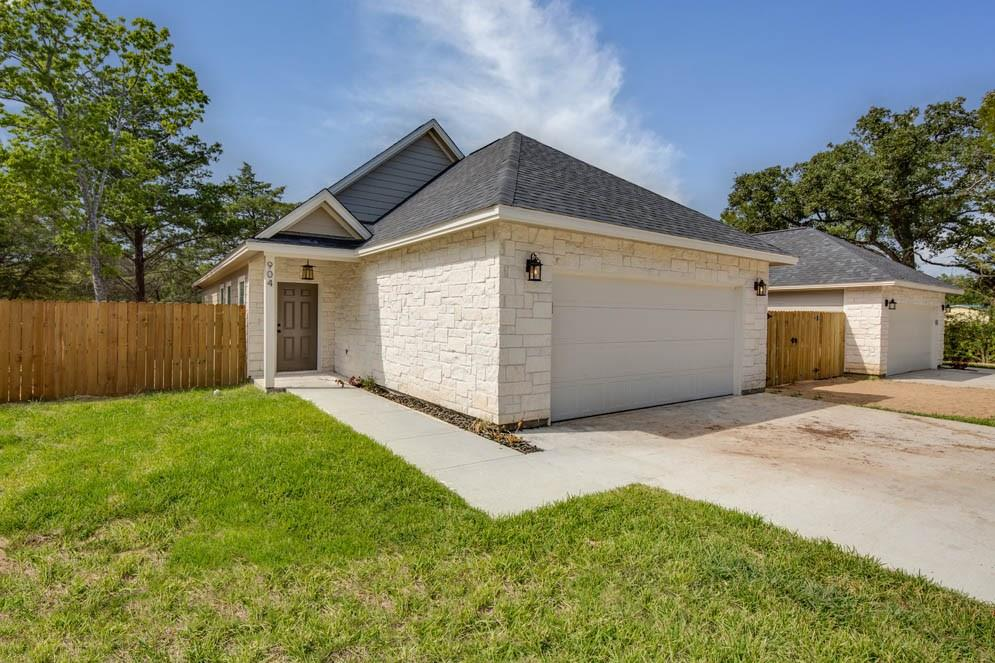 904 New York Street, Bryan, TX 77803