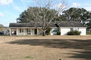 531 Meneley Road, Winnie, TX 77665