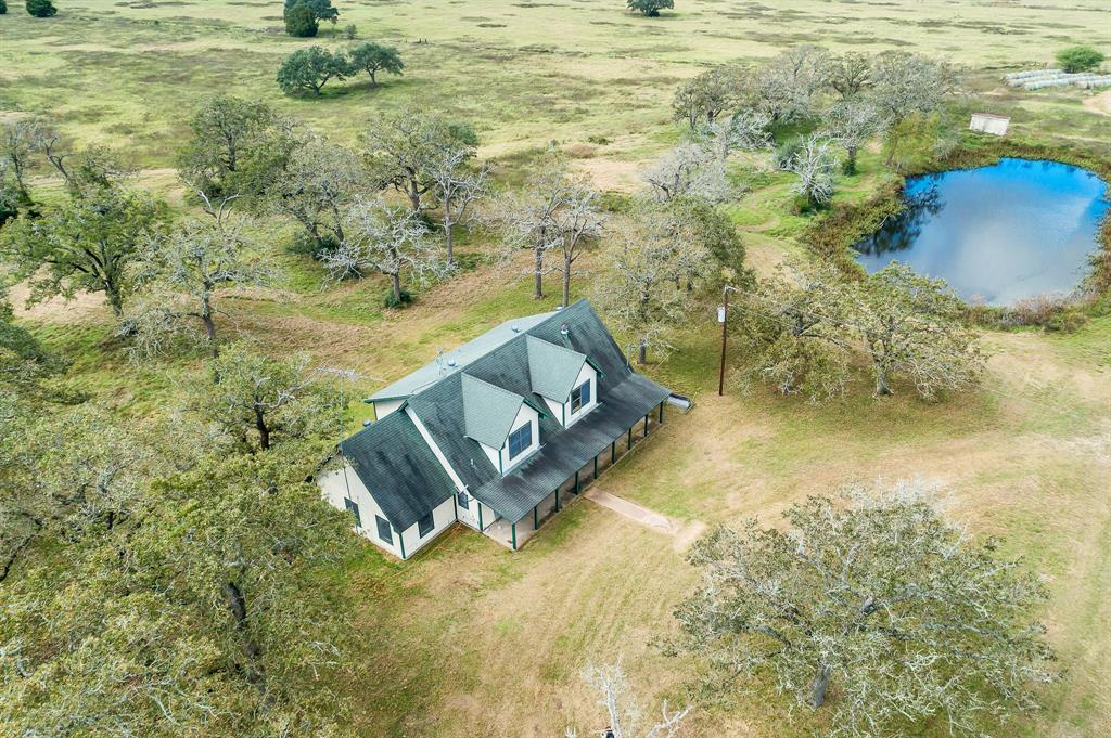 5192B E Highway 290, Giddings, TX 78942