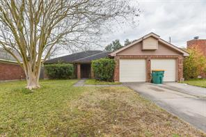 4207 Bentley, Pearland TX 77584