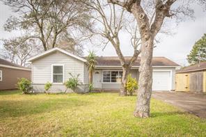 1406 birchwood drive, pasadena, TX 77502