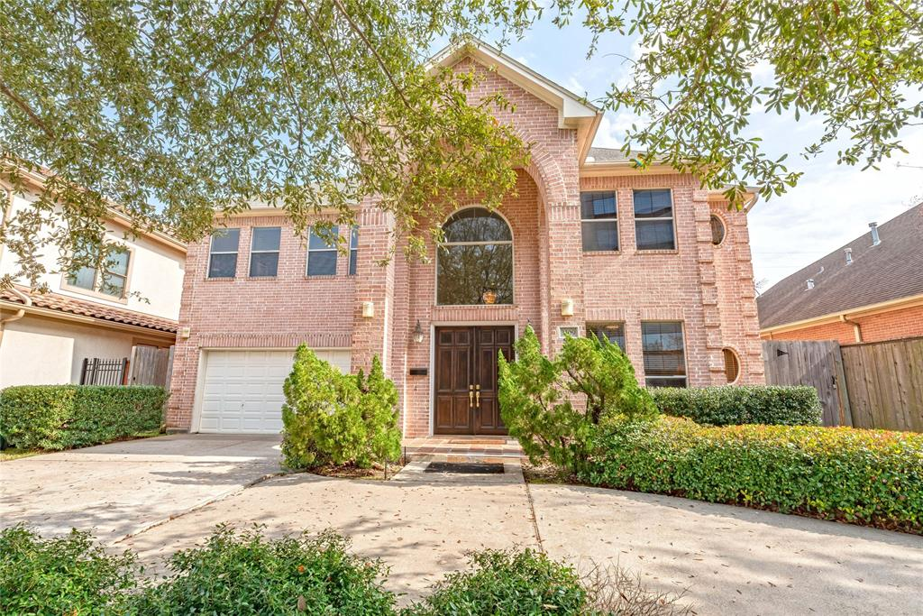 Walk to the Galleria! 5 Bedroom, 3.5 baths in sought after St George Place (between Chimney Rock and W. Alabama). Prestigious Mandarin Immersion Magnet School nearby. Brick construction, 2-story, built in 2000, with 12' ceilings, ceiling fans throughout, elegant wood & wrought-iron staircase, Kitchen w/island & stainless appliances (gas range) and granite countertops. Two Luxurious master suites - one up, one down. All bathrooms have double vanities and the downstairs master has jetted tub. Garage has special 240V car charging designed for electric vehicles. Large circular drive for additional parking. Current owner uses home as investment property. Great rental potential due to proximity to the Galleria. Furniture available at additional price for turn-key move-in. Immaculate condition.