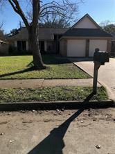 620 manor drive, angleton, TX 77515