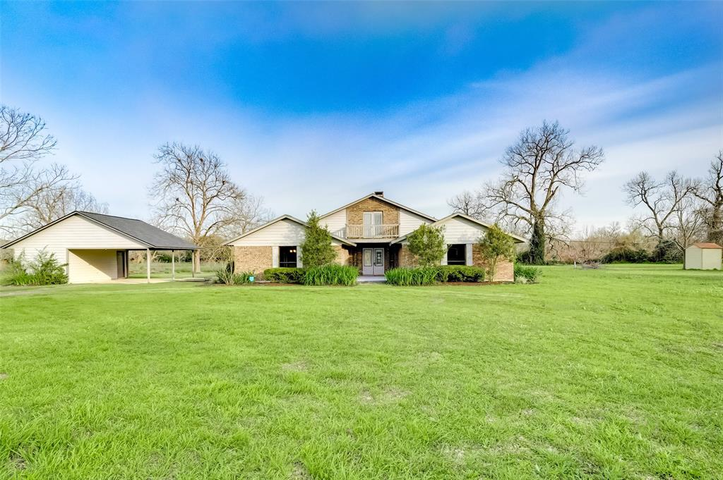 859 Caney Trail Drive, Wharton, TX 77488