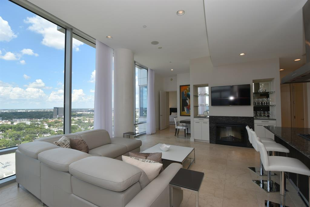 Stunning luxury unit in one of Houston's premier Hi-Rises located in the heart of Upper Kirby adjacent to